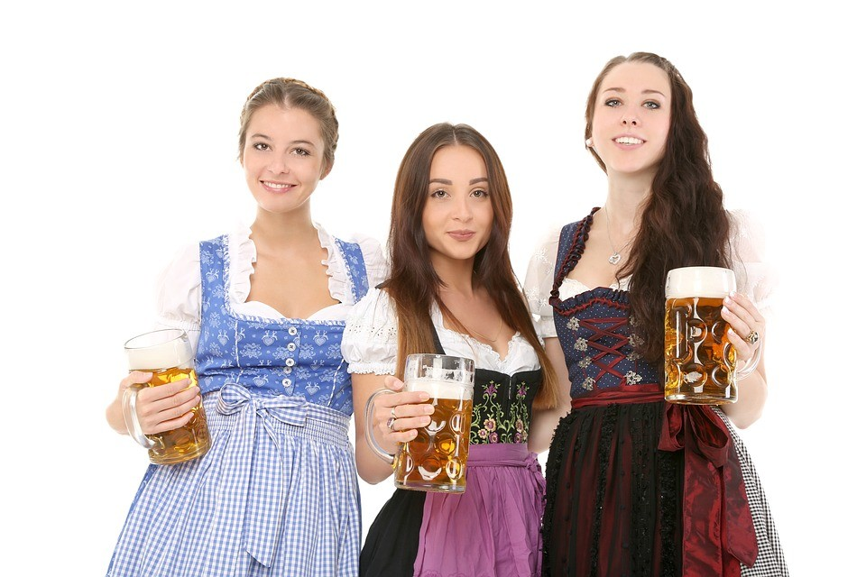 oktoberfest_bavarian dress